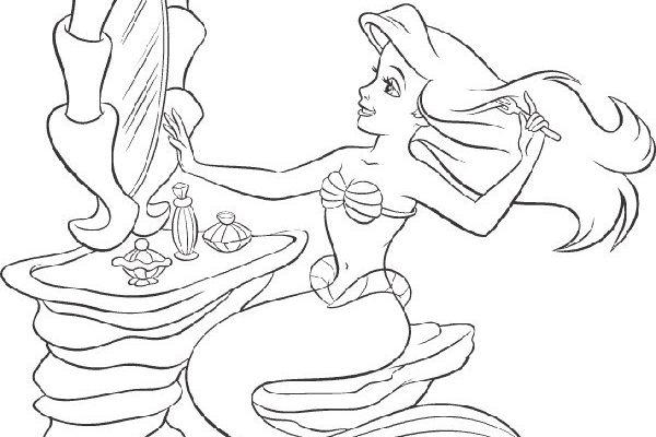 Dibujo La sirenita peinándose