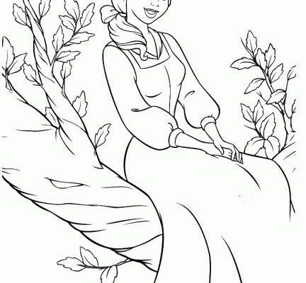Dibujo Bella sentada en el árbol