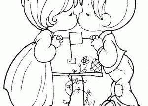 Dibujo Besito entre niños